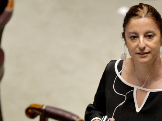 Roberta Lombardi è favorevole a un governo del presidente insieme al Pd