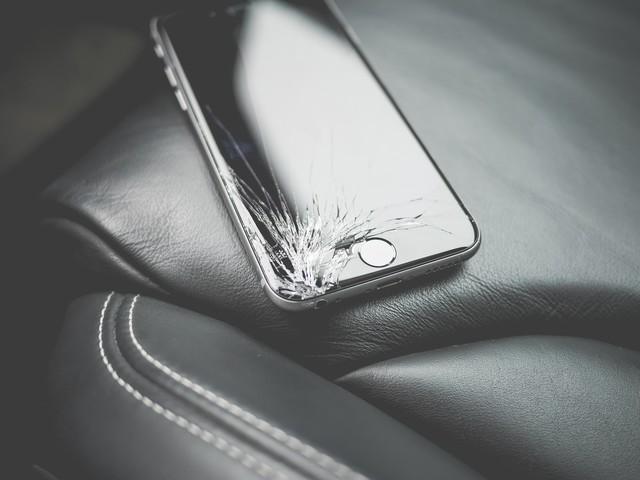 Quanto costa riparare lo schermo dei principali smartphone