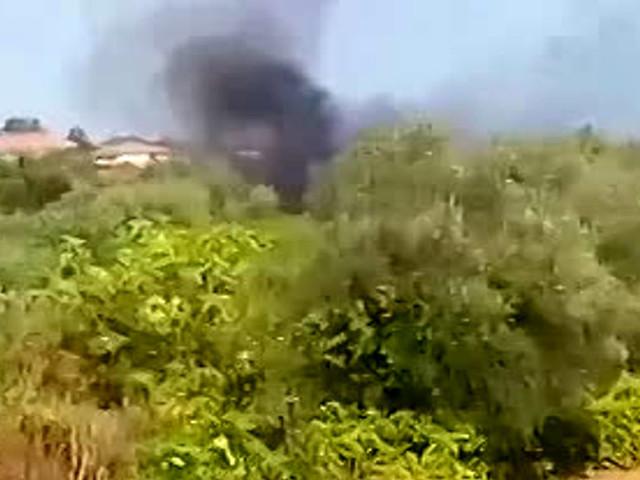 Incendio a Tremestieri, fiamme sfiorano le abitazioni | Video