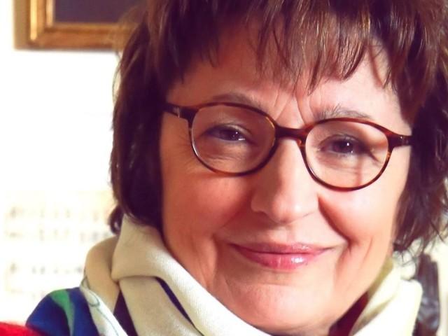 """Donatella di Pietrantonio: """"In Abruzzo stiamo diventando cittadini di serie C. La scrittura? La vivo con senso di colpa: tradimento al mio mondo contadino"""""""