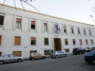 Preoccupazione a Cosenza, 5 casi di autolesionismo a scuola Si facevano dei tagli agli arti e si inviavano le foto tra loro