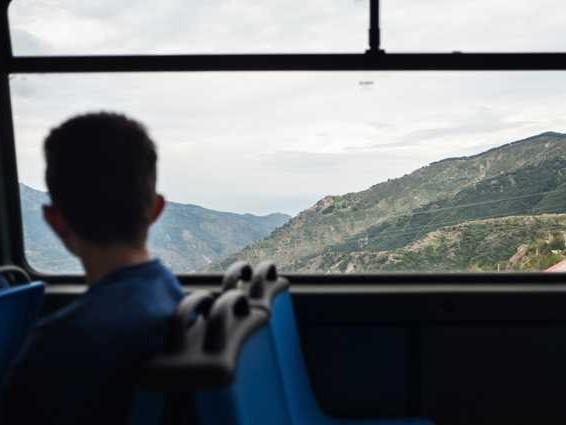 Viaggio tra le scuole chiuse dell'Aspromonte