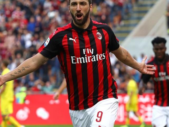 Mercato Juventus, Higuain giù di morale al Milan: possibile un suo ritorno (RUMORS)