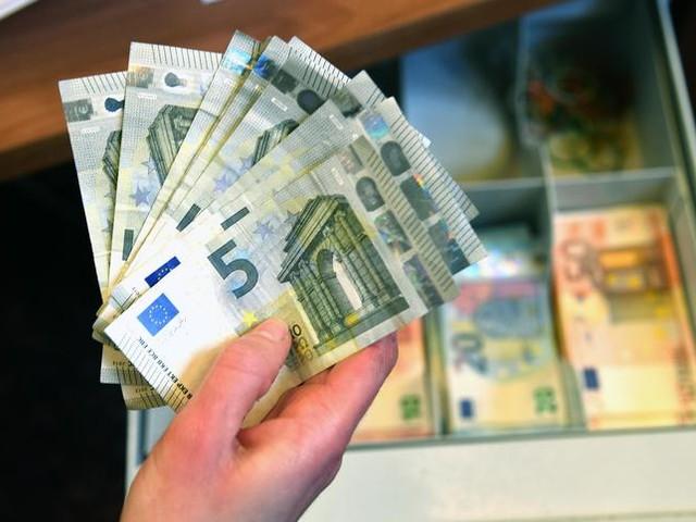 Bankitalia: +12,5% rimesse immigrati in 2020 a 6,7 miliardi