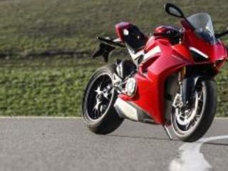 Domenicali: dopo la Panigale arriveranno altre Ducati V4