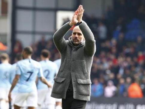Manchester City vince anche Fa Cup, 6-0 al Watford: treble storico per Guardiola