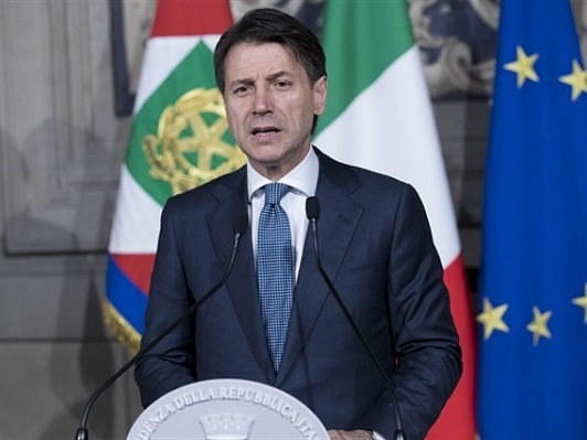 """Manovra. Conte: """"Taglieremo sprechi"""", Di Maio e Salvini: """"Rispettiamo impegni presi"""""""