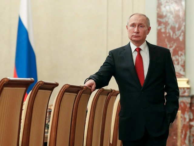 Russia, Putin rimuove il procuratore generale Chaika