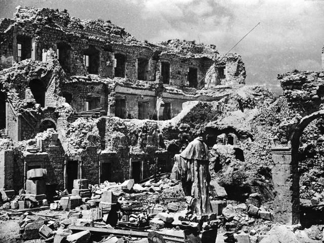 Il tragico carnaio di Cassino: inferno all'ombra dell'abbazia
