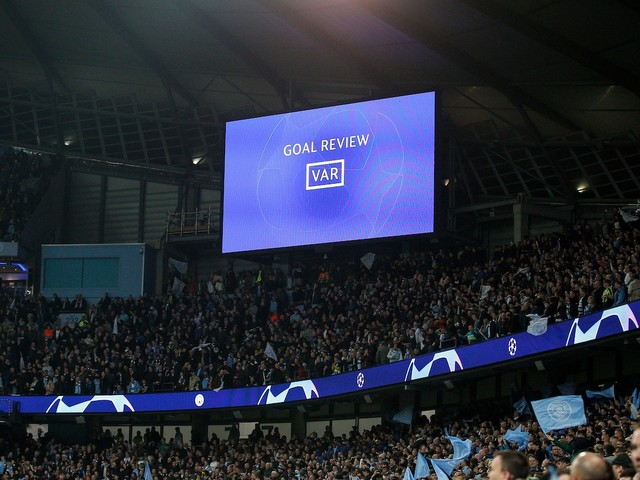 L'Uefa amplia l'uso del Var: sarà usato nelle qualificazioni Mondiali