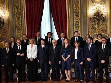 Crisi, la lunga notte del Governo gialloverde: cresce attesa per intervento di Conte