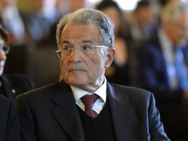 Prodi 'passa il testimone', Letta è il federatore del Pd