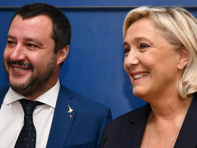 """Le Pen: """"Con Salvini possiamo davvero cambiare l'Europa"""""""