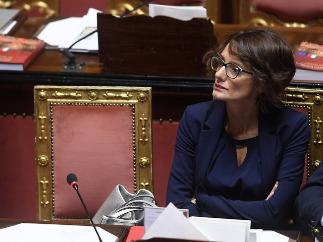 """La proposta della Bonetti: """"Cittadinanza a studenti stranieri"""""""