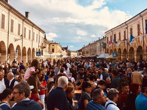 San Martino, l'80esimo compleanno della storica ditta rende ancora più dolce la Fiera