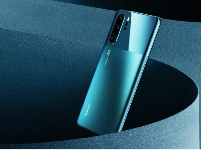 Profondo abbassamento del prezzo per Huawei P30 Pro su MediaWorld oggi 19 novembre