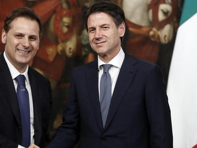 """Caso Siri, Giorgetti: """"Conte vedrà le carte e capirà"""". A Maroni dice: """"Non sono io il problema"""""""