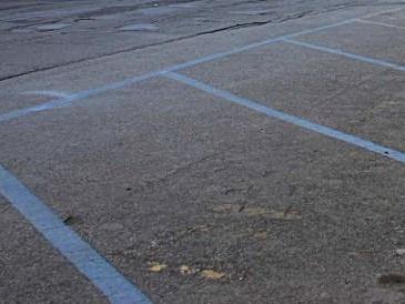 Comune Fiumicino istituisce strisce blu