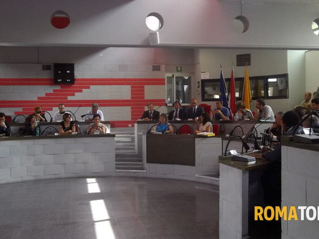 """Coronavirus, ancora fermi i lavori d'aula al municipio VI. PD: """"Si è fermata la democrazia"""""""
