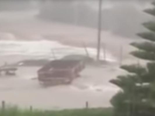In Sardegna l'allerta meteo è massima. Si teme per la notte di nubifragi