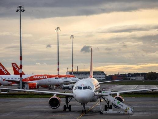 Aeroporto Berlino fermo per bomba guerra