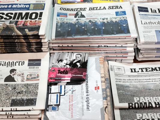I titoli di apertura dei principali giornali italiani