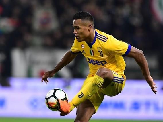 Juventus, le ultime notizie di calciomercato su Alex Sandro