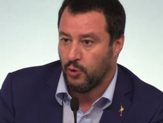 Salvini: Smontiamo mattone per mattone la legge Fornero