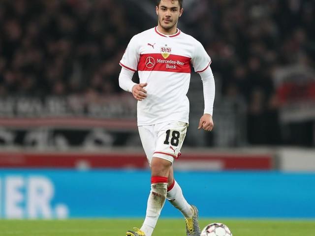 Calciomercato Milan, Kabak si allontana: avrebbe scelto di restare in Germania