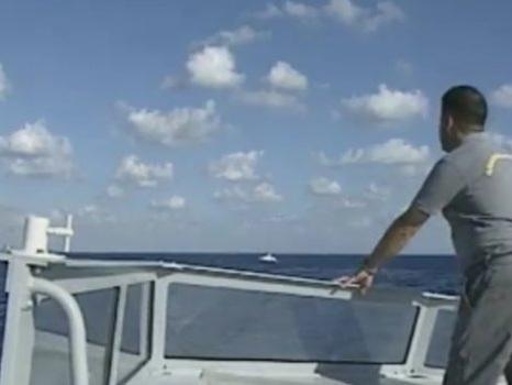 Migranti, nuovo nubifragio al largo della Libia: 50 morti