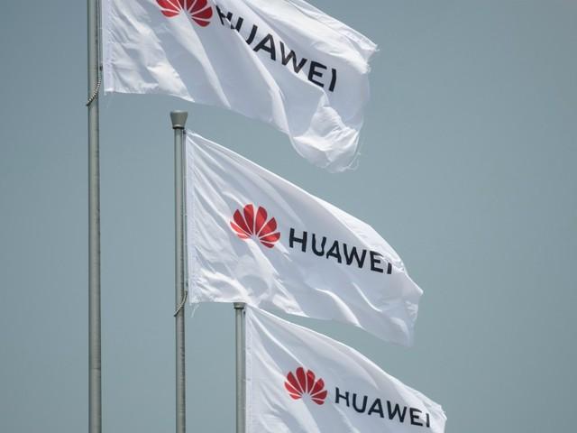 """Huawei, posticipato di altri 90 giorni il blocco Usa al colosso cinese: """"Le realtà delle aree rurali hanno bisogno di più tempo"""""""