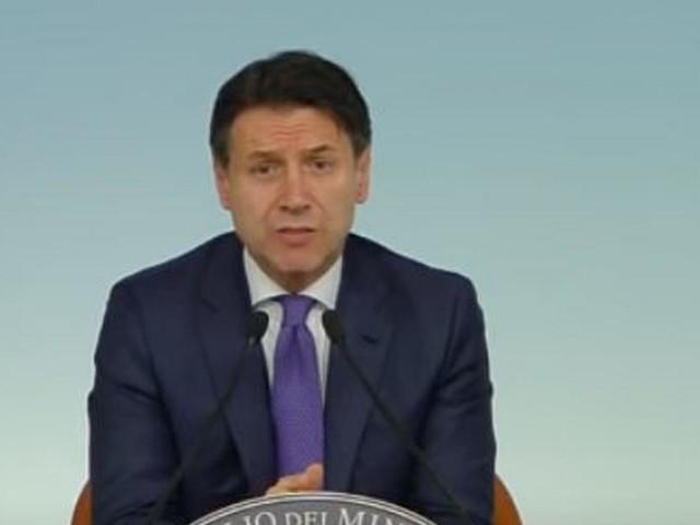 Zingaretti: 'Se Renzi fa cadere il governo subito al voto con Conte premier'