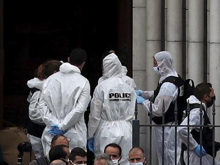 Nizza, l'attentatore sbarcato in Italia. Ecco perché è stato lasciato libero