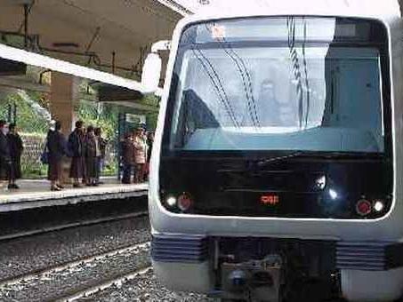 Donna investita da un treno sulla linea del Leonardo Express: ritardi