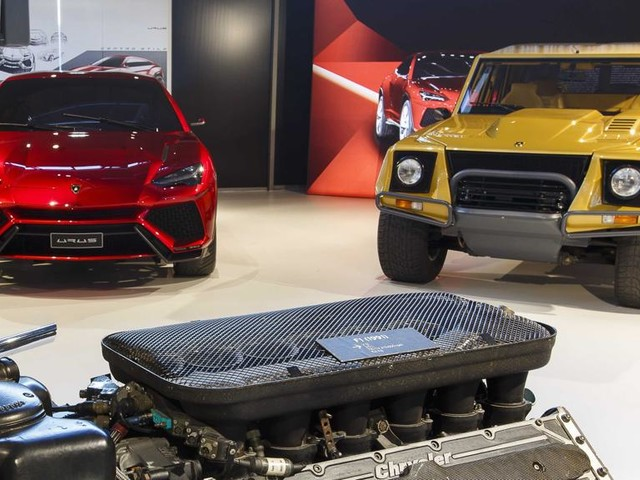 "Lamborghini LM 002, l'antenata ""esagerata"" del Suv Urus"
