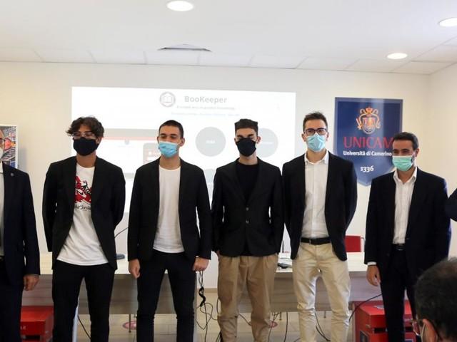 Covid-19, Unicam presenta due App anti-contagio: presenze tracciate e libri digitalizzati
