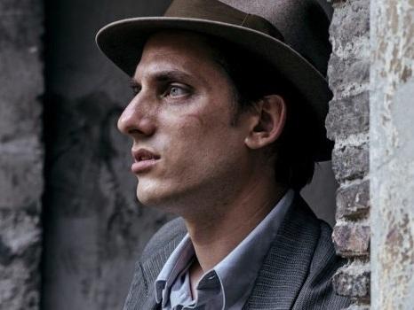 Martin Eden, in concorso a Venezia 76 il cinema inattuale di Pietro Marcello, con uno straordinario Luca Marinelli