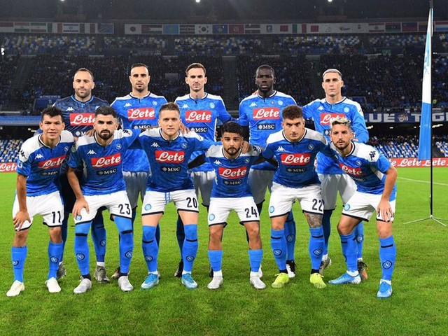 DAGOSPIA – Calciatori del Napoli esasperati: convocheranno una conferenza stampa per spiegare la loro posizione!