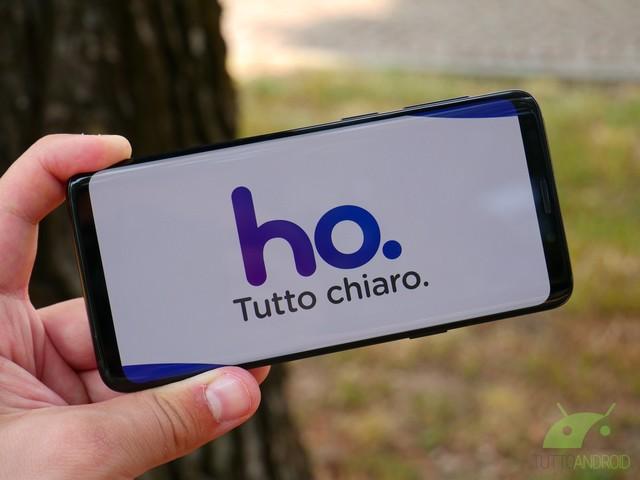 Avete pochi giorni per l'offerta con minuti e SMS illimitati e 50 GB in 4G a 5,99 euro al mese di ho. Mobile