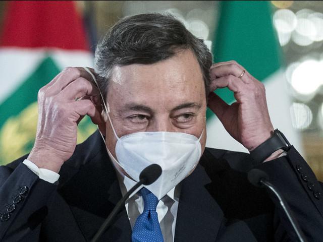 Draghi chiede la verifica: il nodo mascherine sul tavolo del Cts