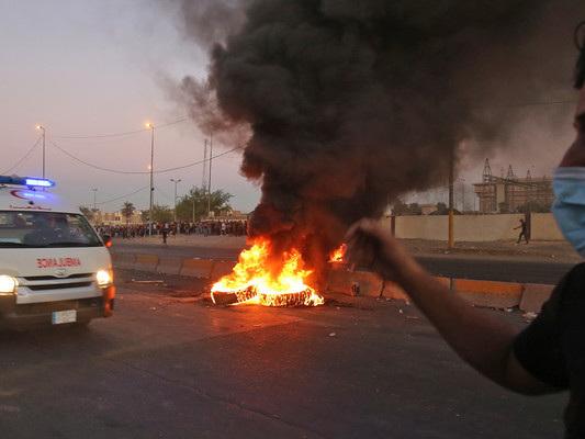 Cresce la protesta in Iraq. La polizia spara sui manifestanti