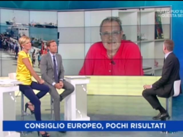 """Oliviero Toscani abbandona l'ospitata a Unomattina estate: """"Non mostrate quella foto? Ridicoli!"""" (video)"""