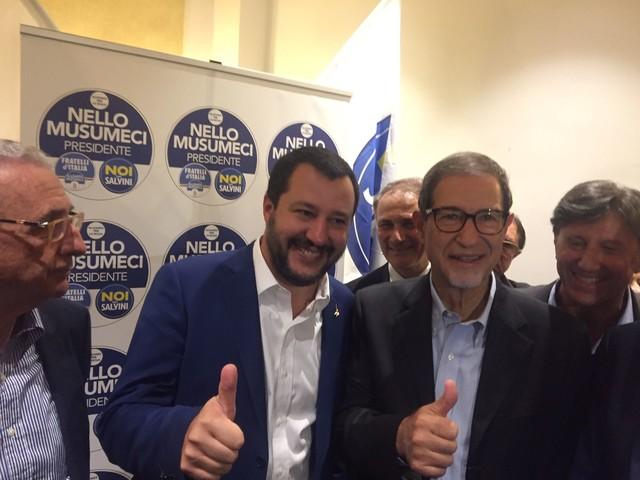 """Elezioni regionali, Salvini a Catania: """"Qui per combattere mafia quartiere per quartiere"""" (VIDEO)"""