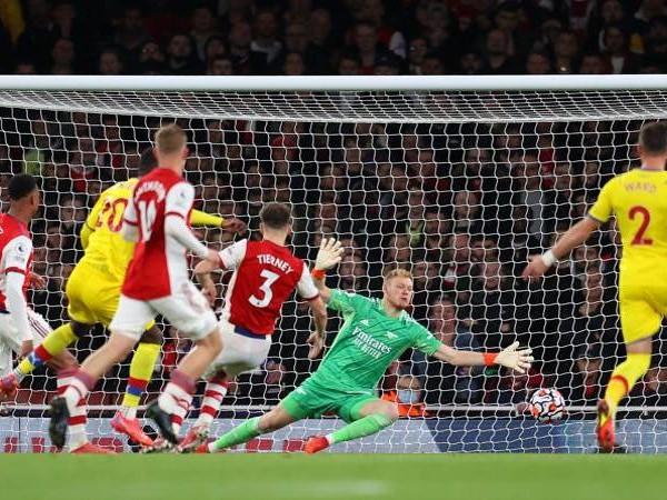 Super gol, rimpalli, traverse: in Arsenal-Crystal Palace succede di tutto