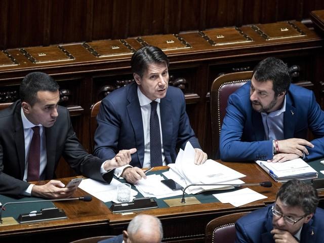 Conte vede Salvini e Di Maio: è caos sui due incontri separati