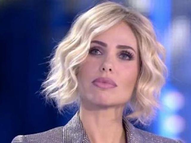 """GF Vip, la mamma di Giulia Salemi aggredita: """"Devi morire, strega"""""""