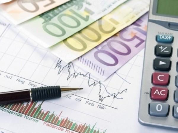 Agenzia delle Entrate deve dare 12 miliardi agli italiani per il Fisco. I motivi e chi spetta