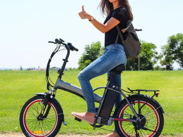 Bonus bici e monopattini, 3 novembre click day: chi prima fa domanda ha il rimborso