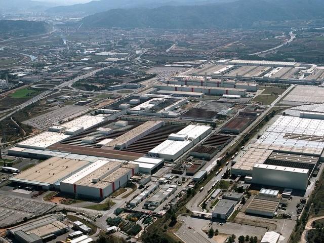 Seat - Col governo di Madrid e Iberdrola per la prima fabbrica di batterie in Spagna