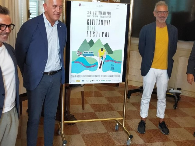 """""""Un nuovo modo di vivere la bici"""", torna il Civitanova Bike Festival: il programma"""